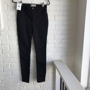 Free people black skinny pants jeans NEW w tag 28